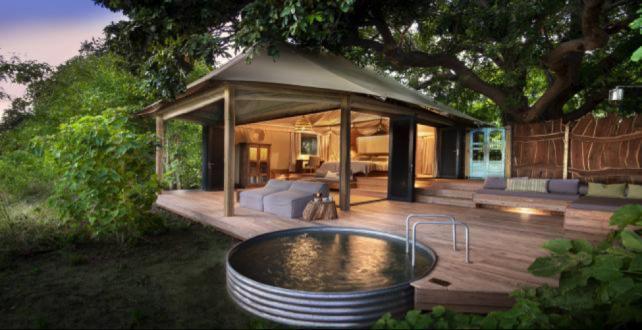 Offre Spéciale - Safari de 10 jours à Victoria Falls & à Mana Poo..